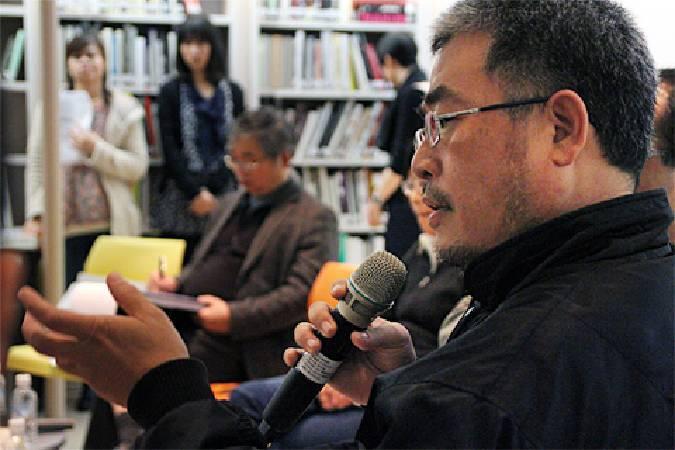 陳建北曾參與第52屆威尼斯雙年展台灣館,希望從行政程序中釐清問題關鍵。