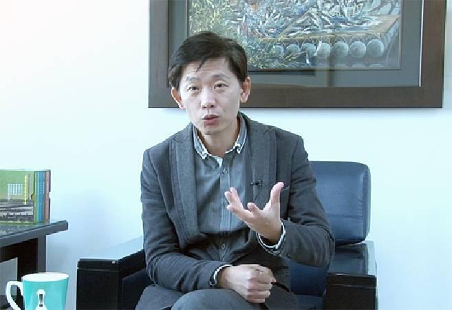 台南市文化局局長認為,要交由基金會運作,才能解開法規綁縛。