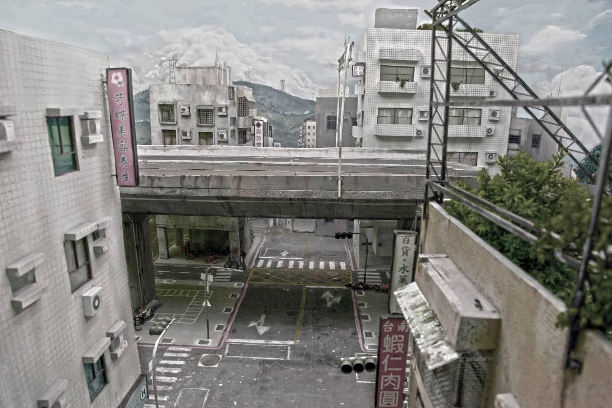 張立人,《戰鬥之城》,2012。