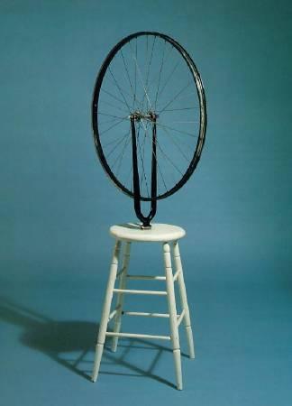 杜象,《現成的自行車輪》,1913年。