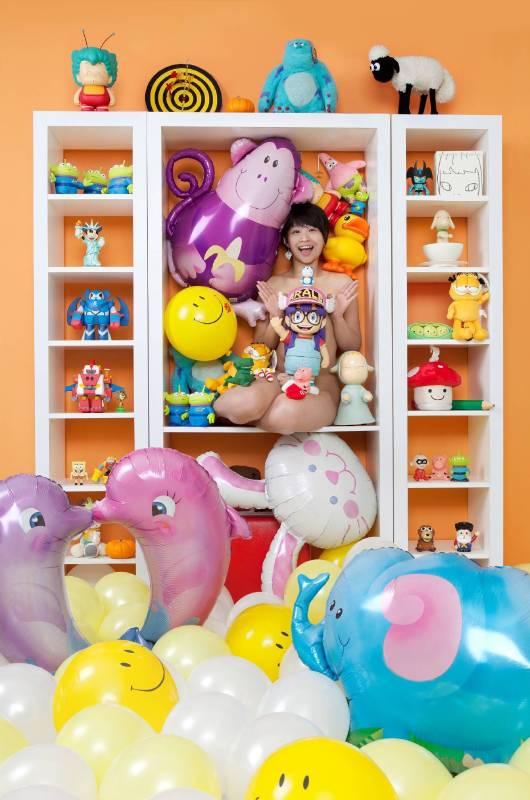 王建揚,《夢幻玩具櫃》,2011。
