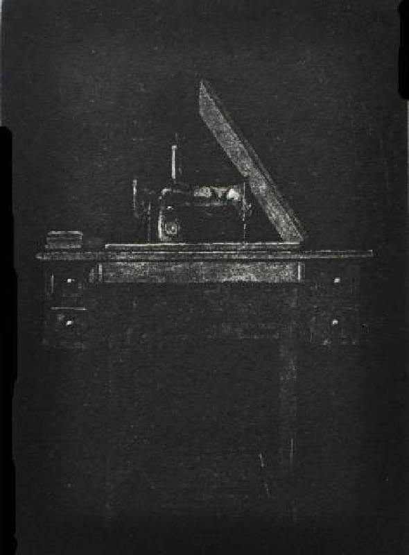李迪權 <針車>,凹版(細點腐蝕),10X14cm 2012 ed.10