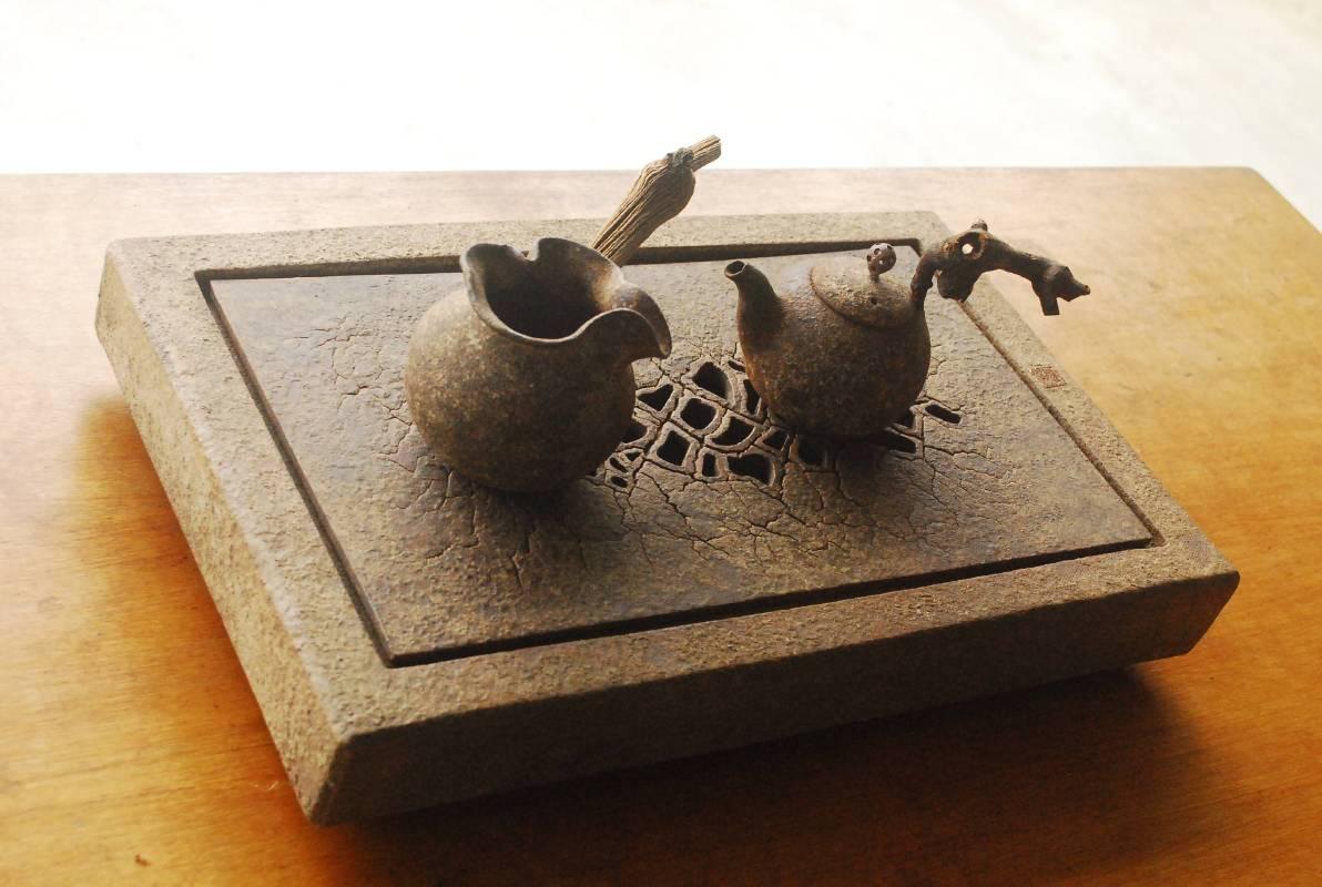 陳啟南 ,《長方大地茶組》。