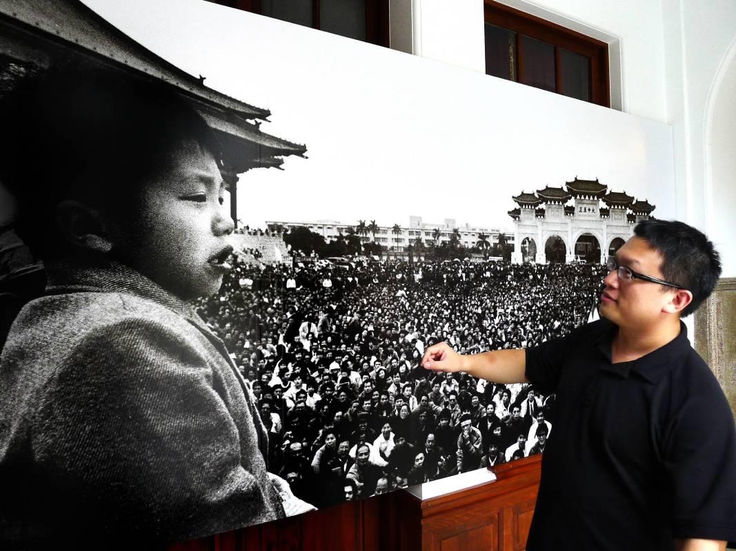 解嚴民主之聲-野百合學運,是中華民國政府遷臺以來規模最大的一次學生抗議行動,同時也對臺灣的民主政治有著相當程度的影響