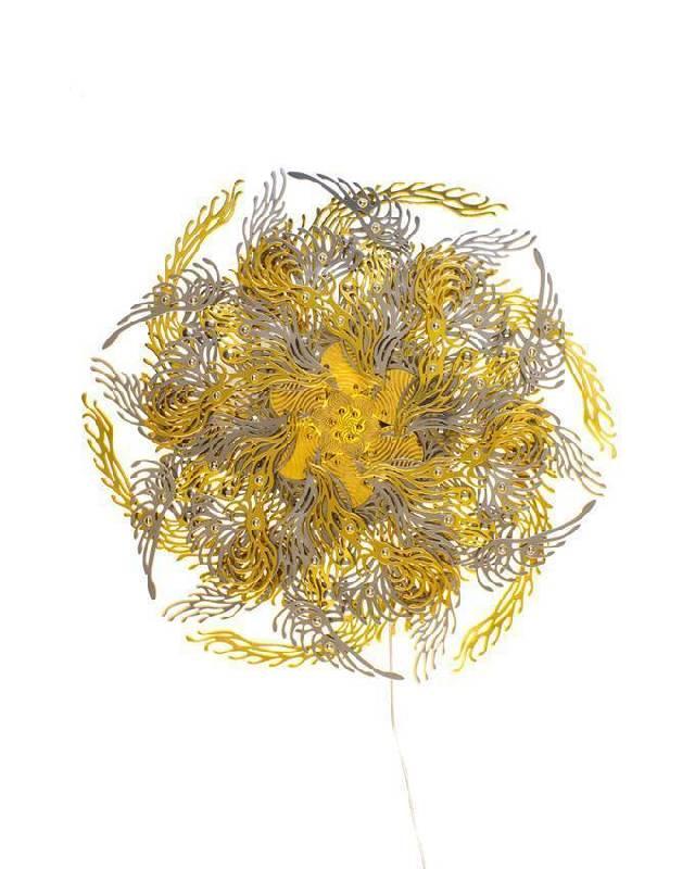 崔旴嵐 Choe U Ram 金色脈輪花燈 Gold Cakra Lamp 18(h)x55(Ø)cm 2013 金屬材料、機械、電子器件(中央處理器板、馬達、LED燈) Metalic  material, machinery, electronic device (CPU board, motor, LED)