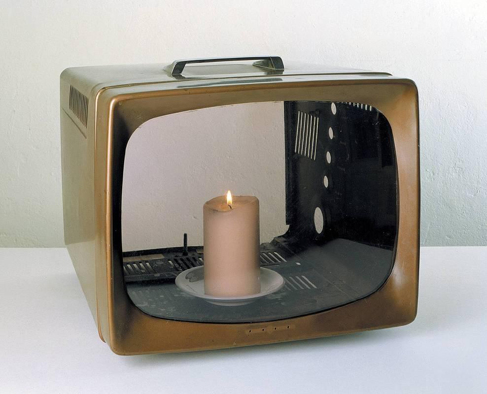 白南準《蠟燭電視》 Nam June Paik, Candle TV
