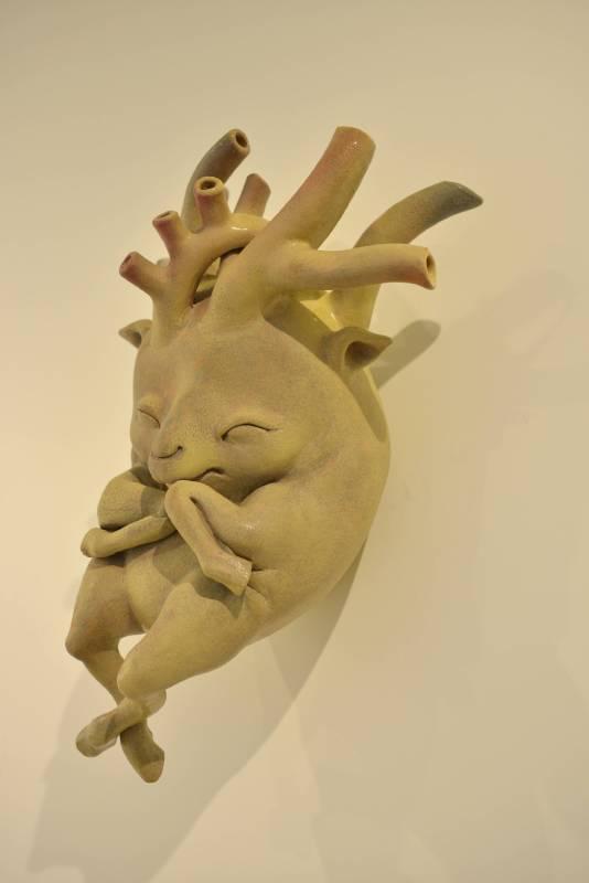 唐瑄《鹿鹿心》陶瓷 46x33x21cm 2015