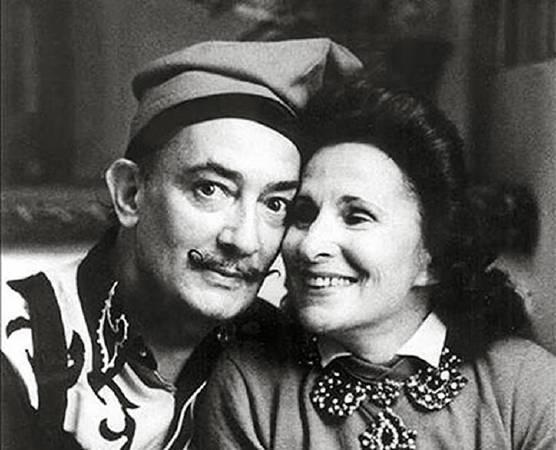 超現實主義畫家達利與妻子卡拉。