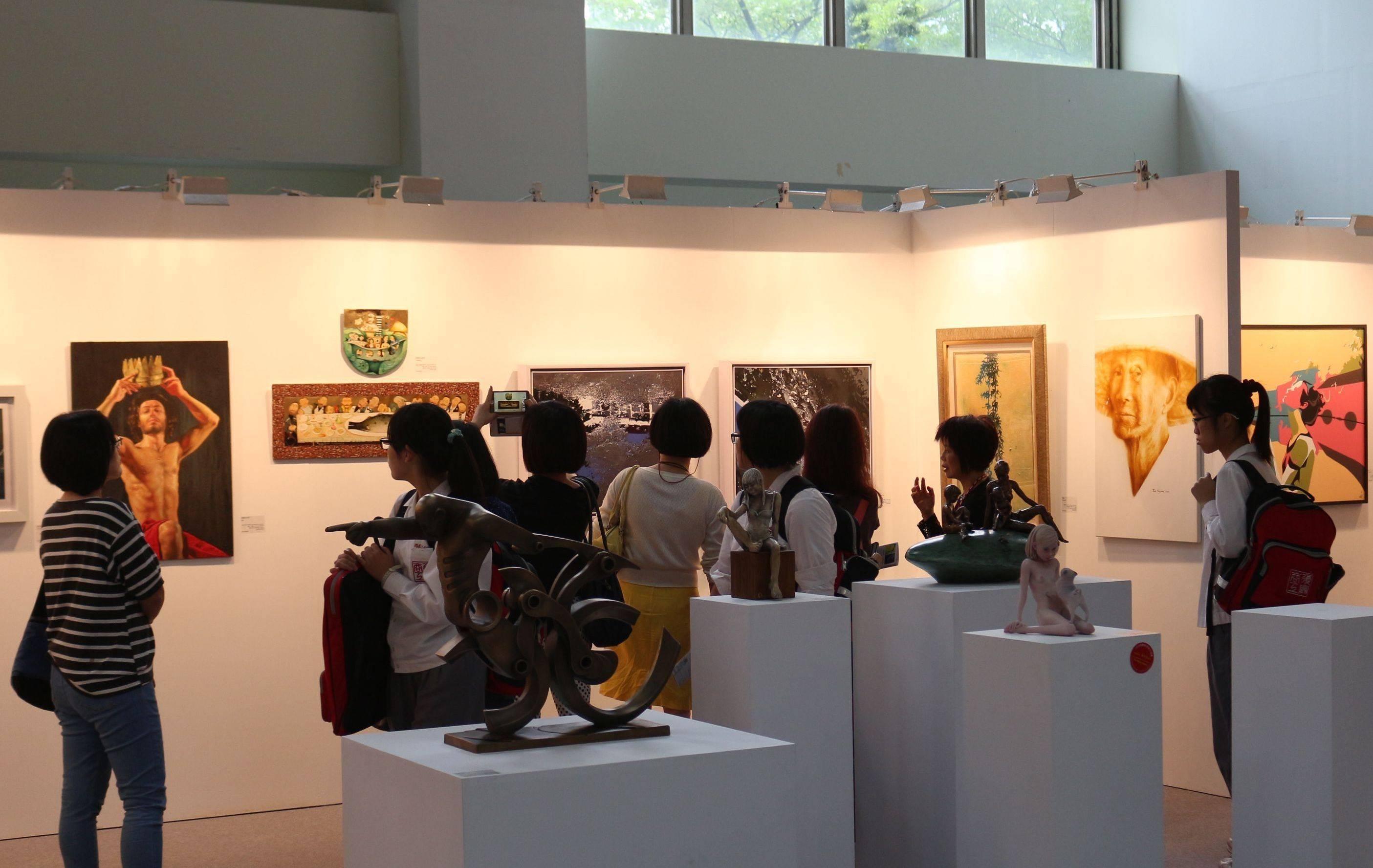 「2017國際藝術家大獎賽」即日起受理報名, 只要年滿18歲以上的藝術創作者均可參賽。