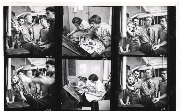 國吉康雄教導美國藝術學生的上課情形。