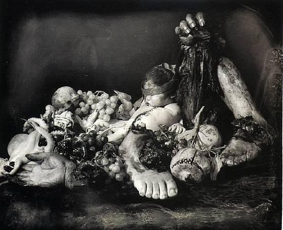 Joel-Peter Witkin《Feast of Fools》,1990。