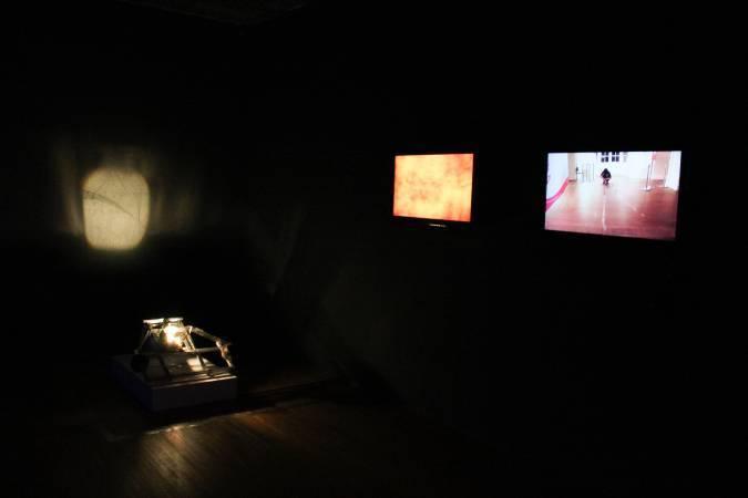 羅禾淋、陳依純《拭痕-台北當代藝術館》。圖/ 非池中藝術網攝。