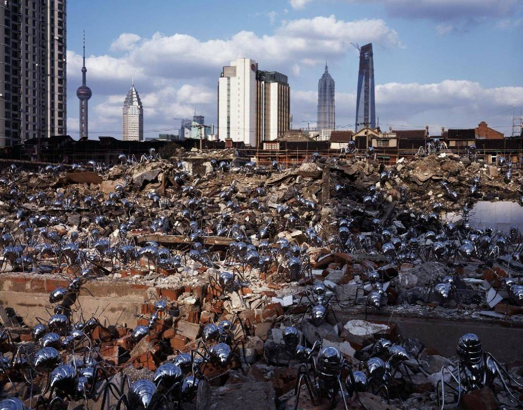 陳志光 《遷徙時代 上海》 尺寸依場地限制 2008 不鏽鋼