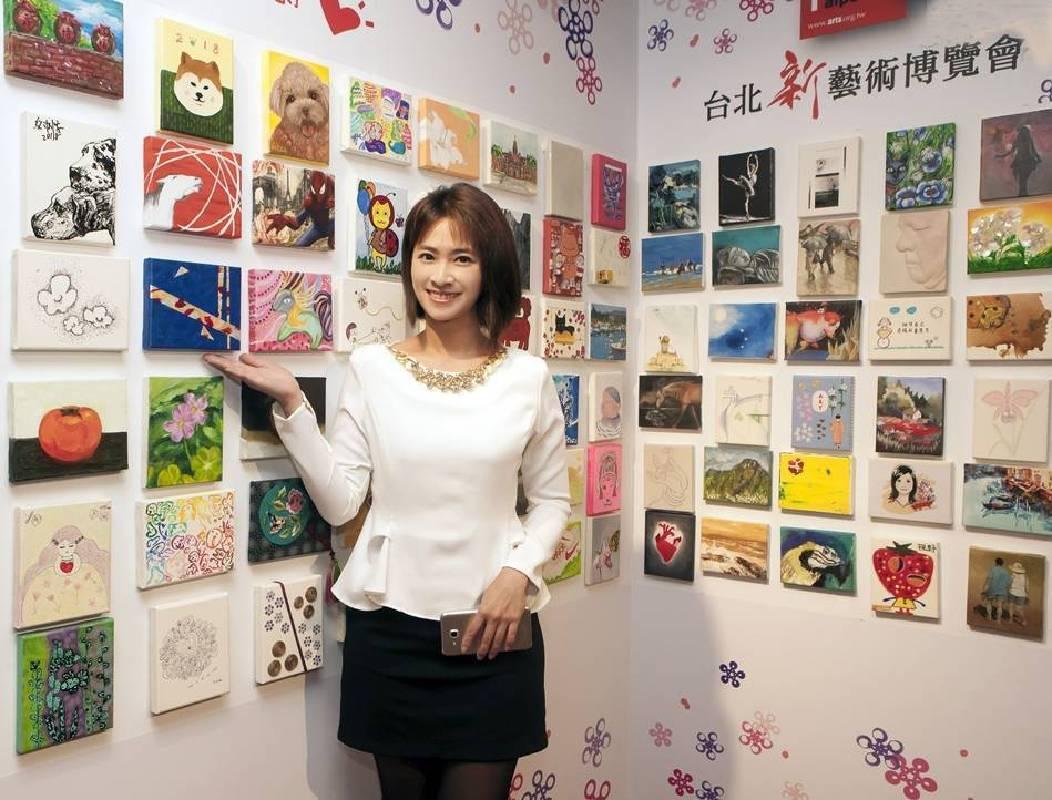 新聞主播侯乃榕很喜歡藝術,很開心有機會參加百大活動。