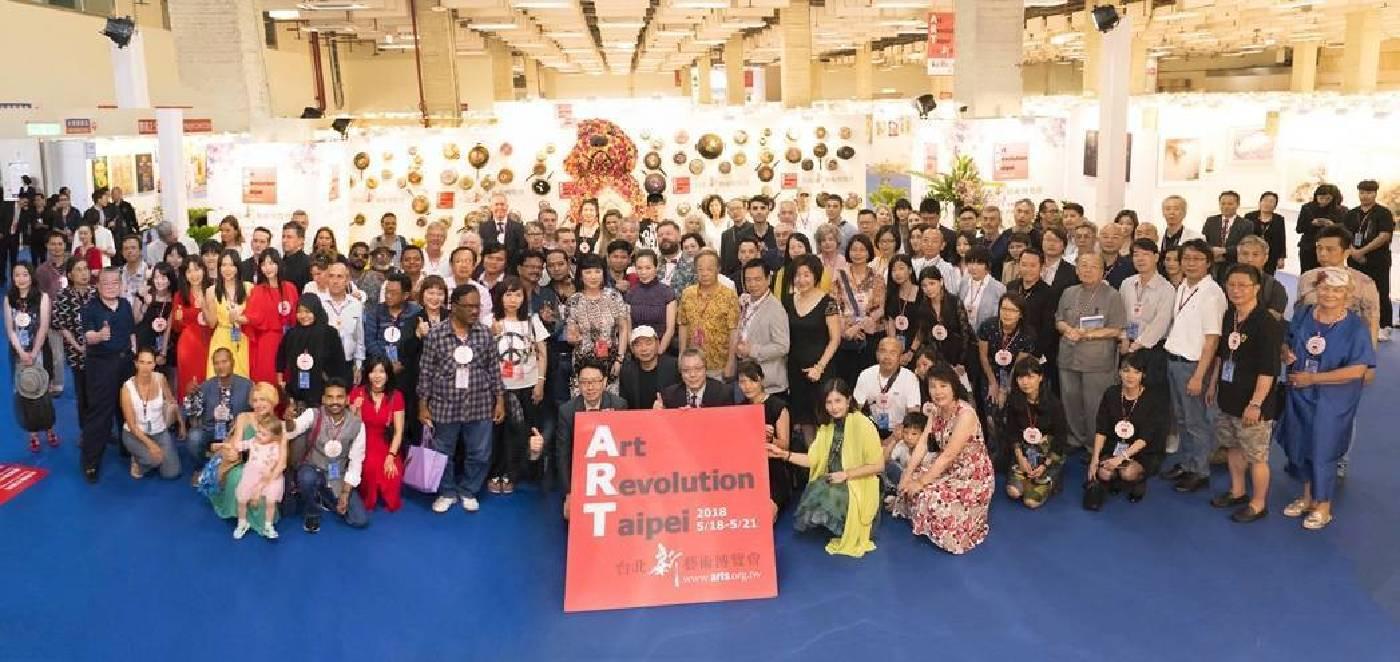 台北新藝術博覽會「以藝術家為核心」的策展理念與堅持,獲得藝術家們的高度肯定。
