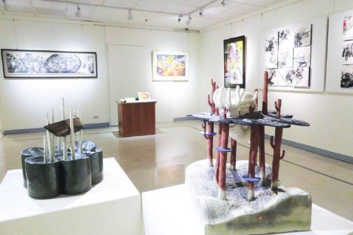 參展作品包含立體、平面等形式。