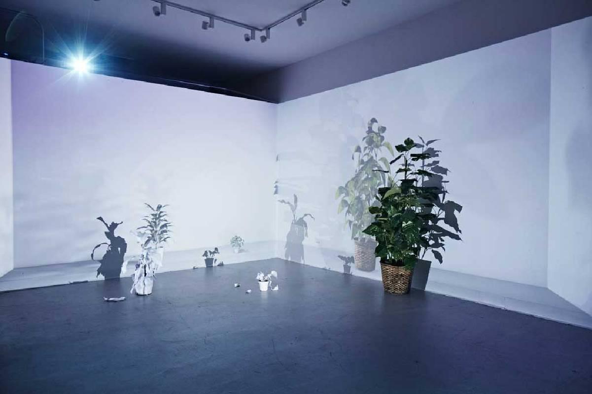 陳郁文,日常的虛擬重建-虛與實的感知體系《The Naturalness I(裝置紀錄照片)-1》,2017 ©藝術家陳郁文。圖/藝術家陳郁文提供