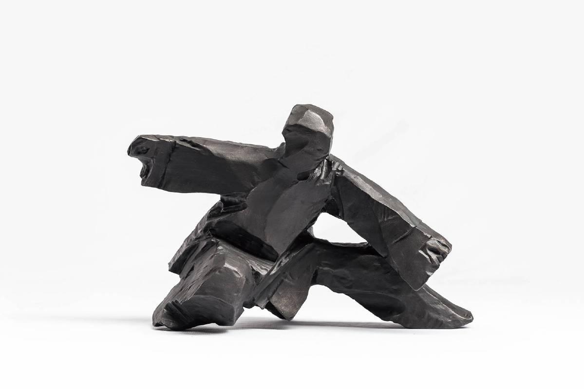 朱銘│太極系列-單鞭下勢│28.5x14.4x18.2cm│不飽和聚酯樹脂、碳酸鈣、油性色母