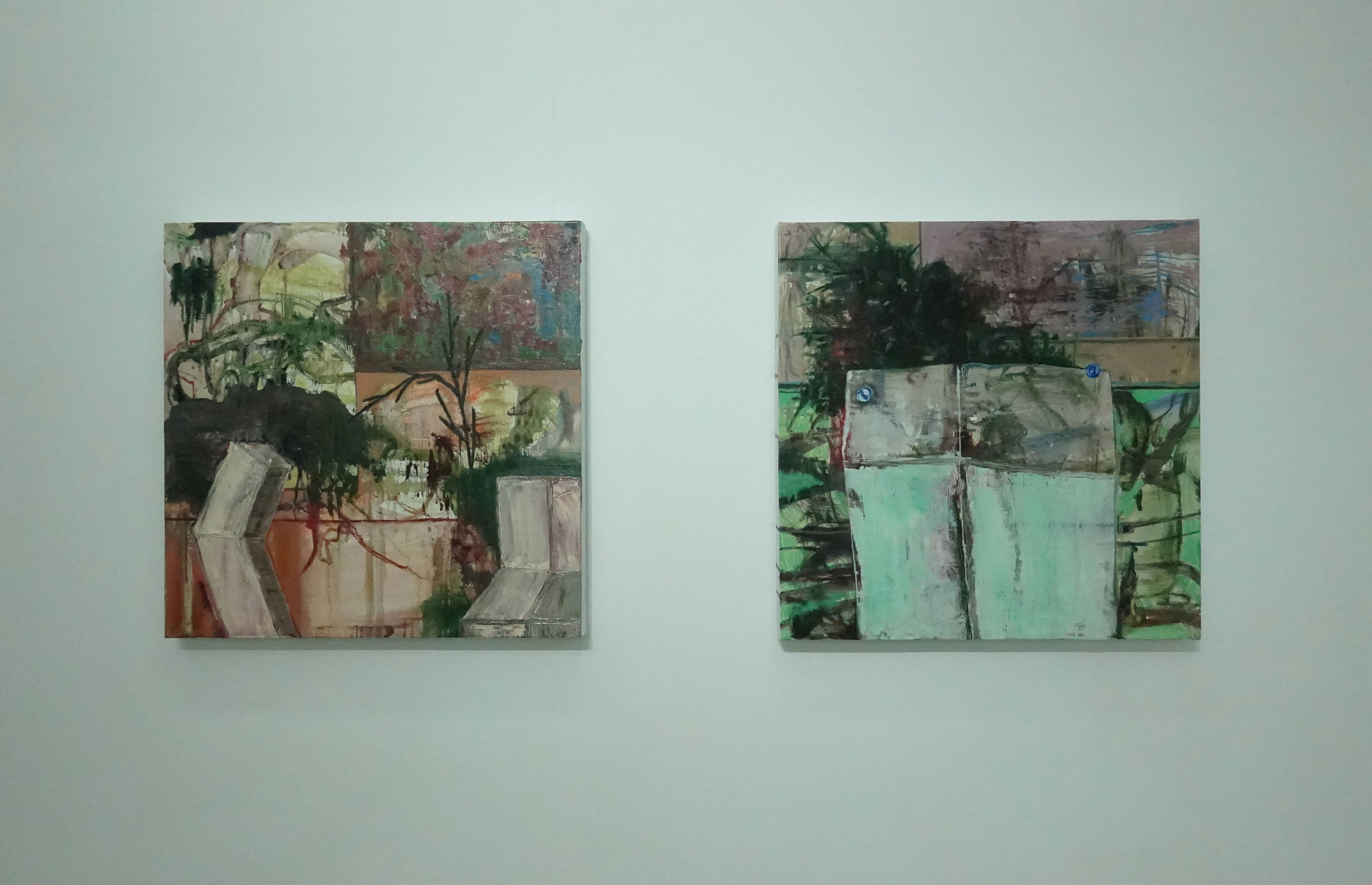 鄭婷婷,《那邊的學生雕塑I》(左),油畫畫布,2018。鄭婷婷,《那邊的學生雕塑II》(右),油畫畫布,2018。