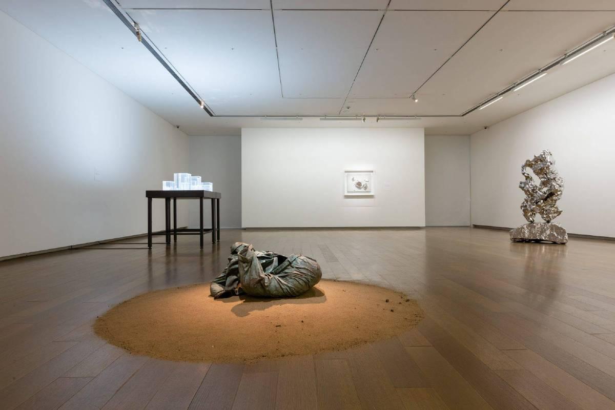 展望個展「隱」展覽現場。圖/誠品畫廊