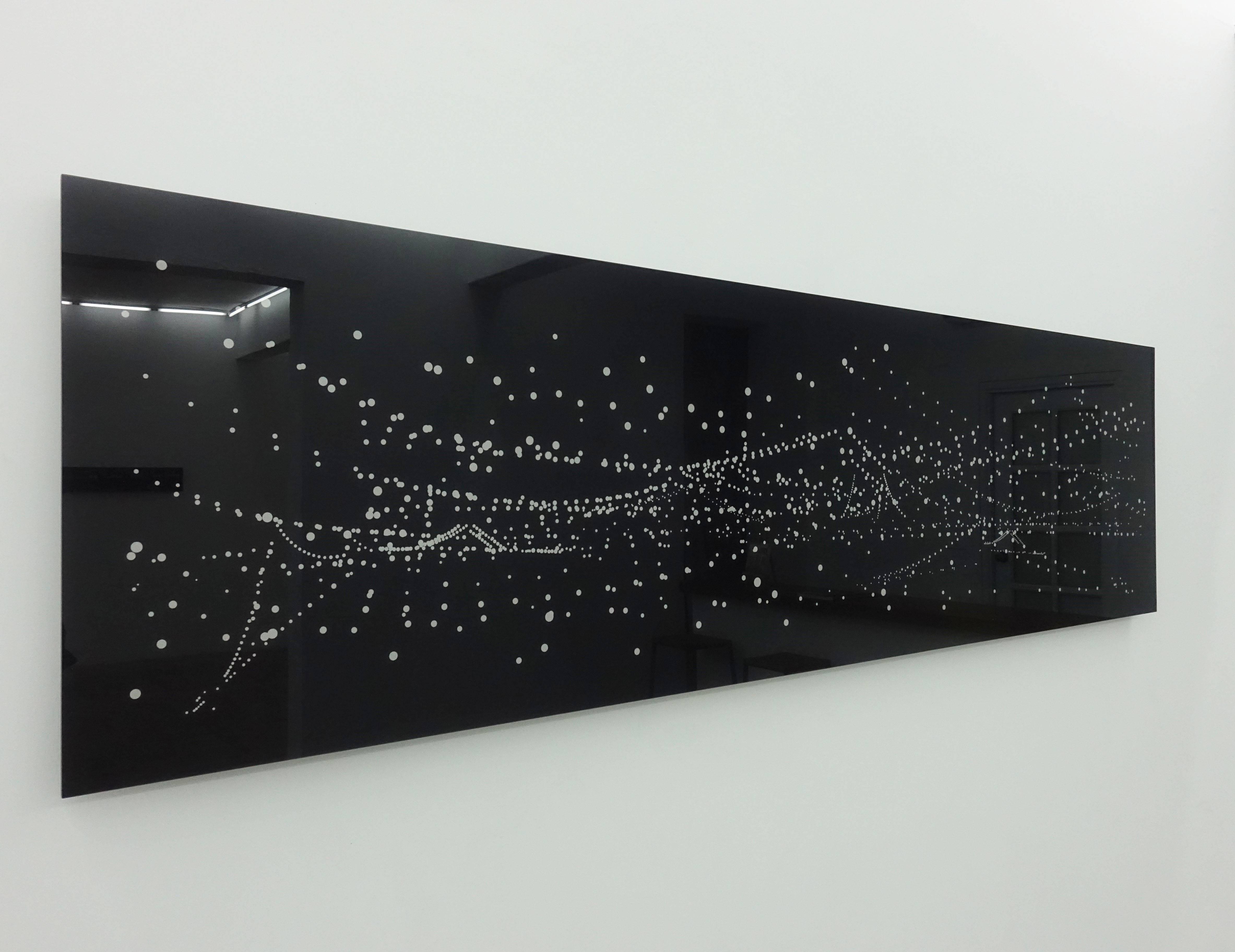 賴珮瑜,《East River》,180x50cm,數位攝影 、數位處理 、 雷射相紙 、強化壓克力,2009。