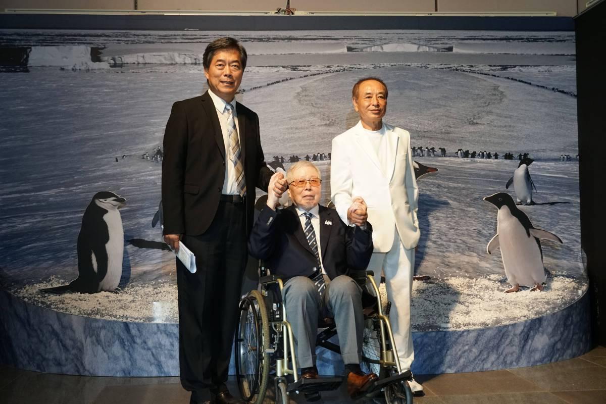 國立自然科學博物館孫維新館長(左)與池田宏先生(中)、陳景松董事長合影