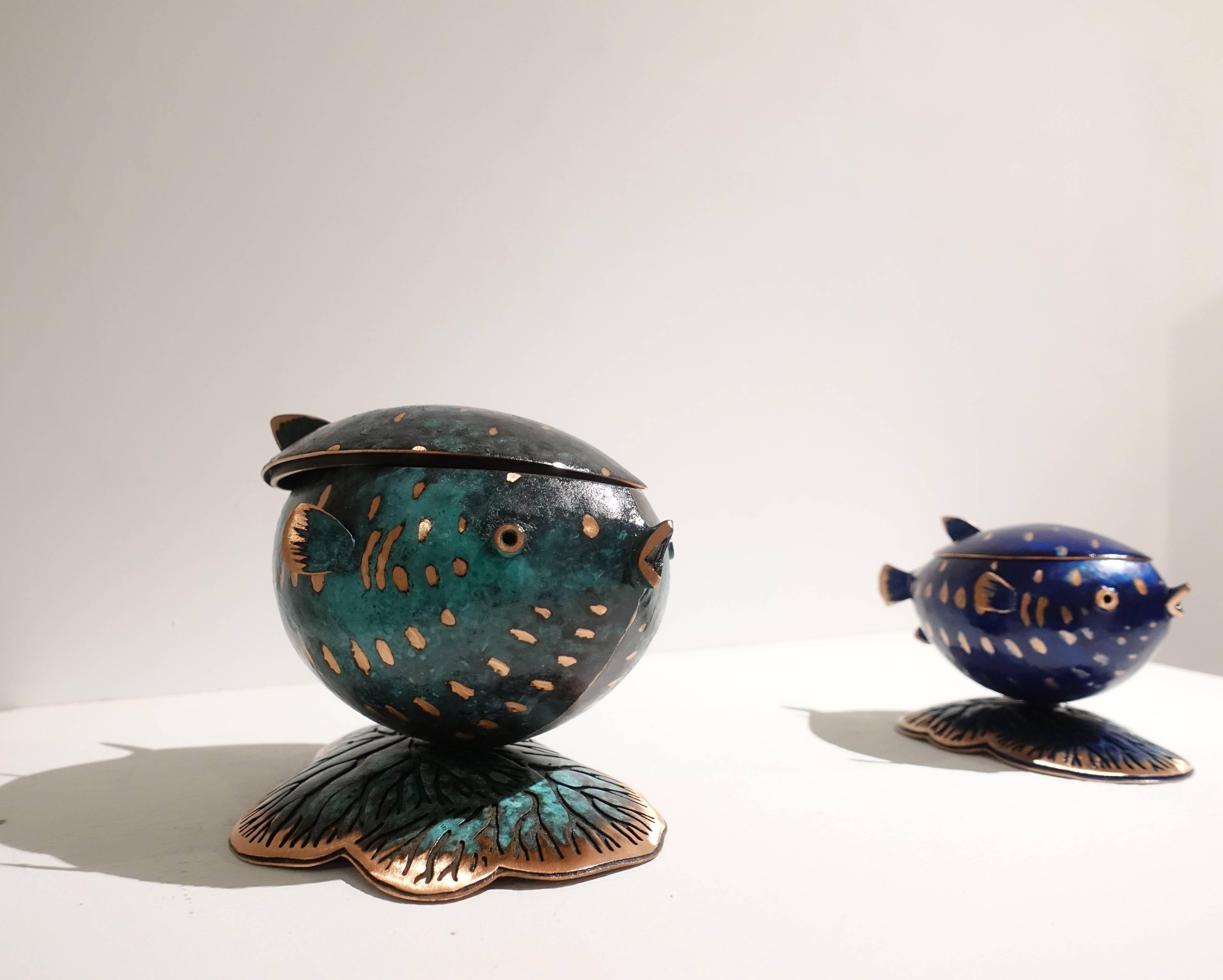 表溟善Pyo Myeong sun,《珠寶盒》《希望的珠寶盒》,紅銅、硝酸銅、顏料。