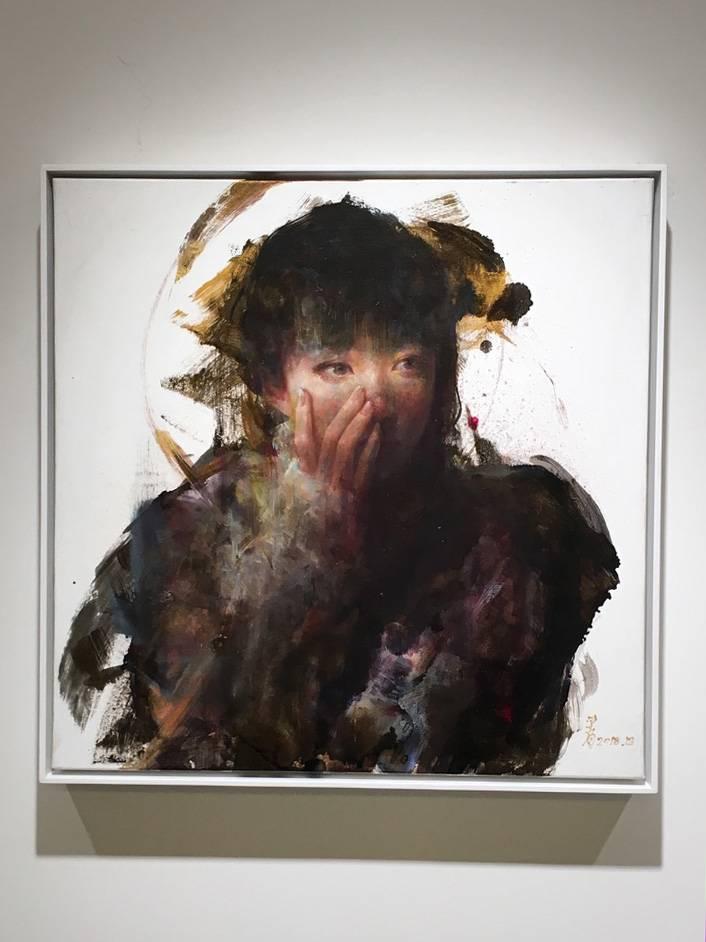 梁月,《微光非我2》,50 x 50 cm,複合媒材,2018。
