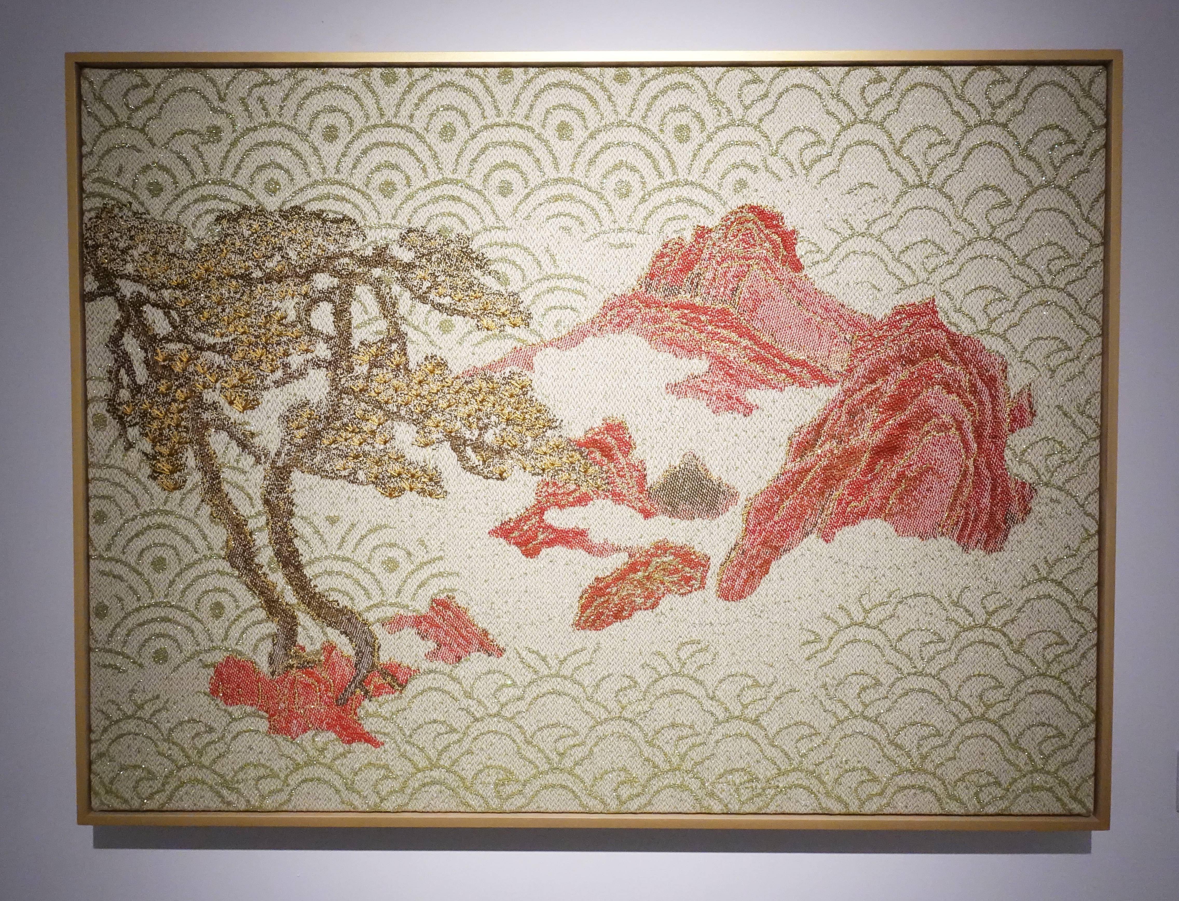 李偵綾,《迎客松》,66 x 90 cm,棉、人造纖維、亮片,2018。