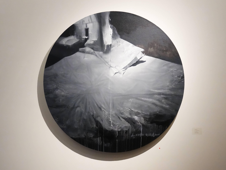 劉芯濤,《枕頭》,100 x 100 cm,布面油畫,2016。