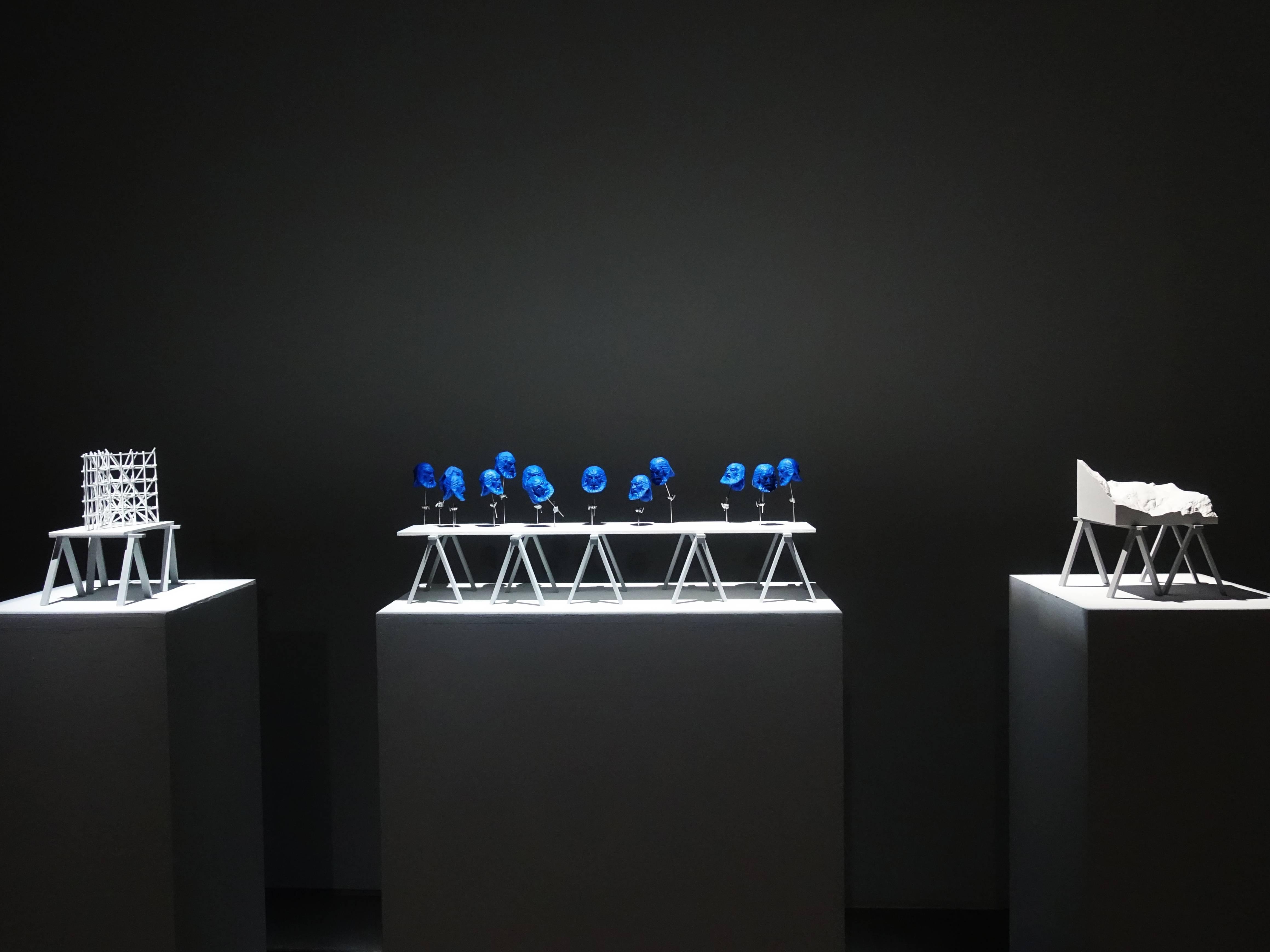 双方藝廊展出德國藝術家佛羅里安.克拉爾裝置作品。