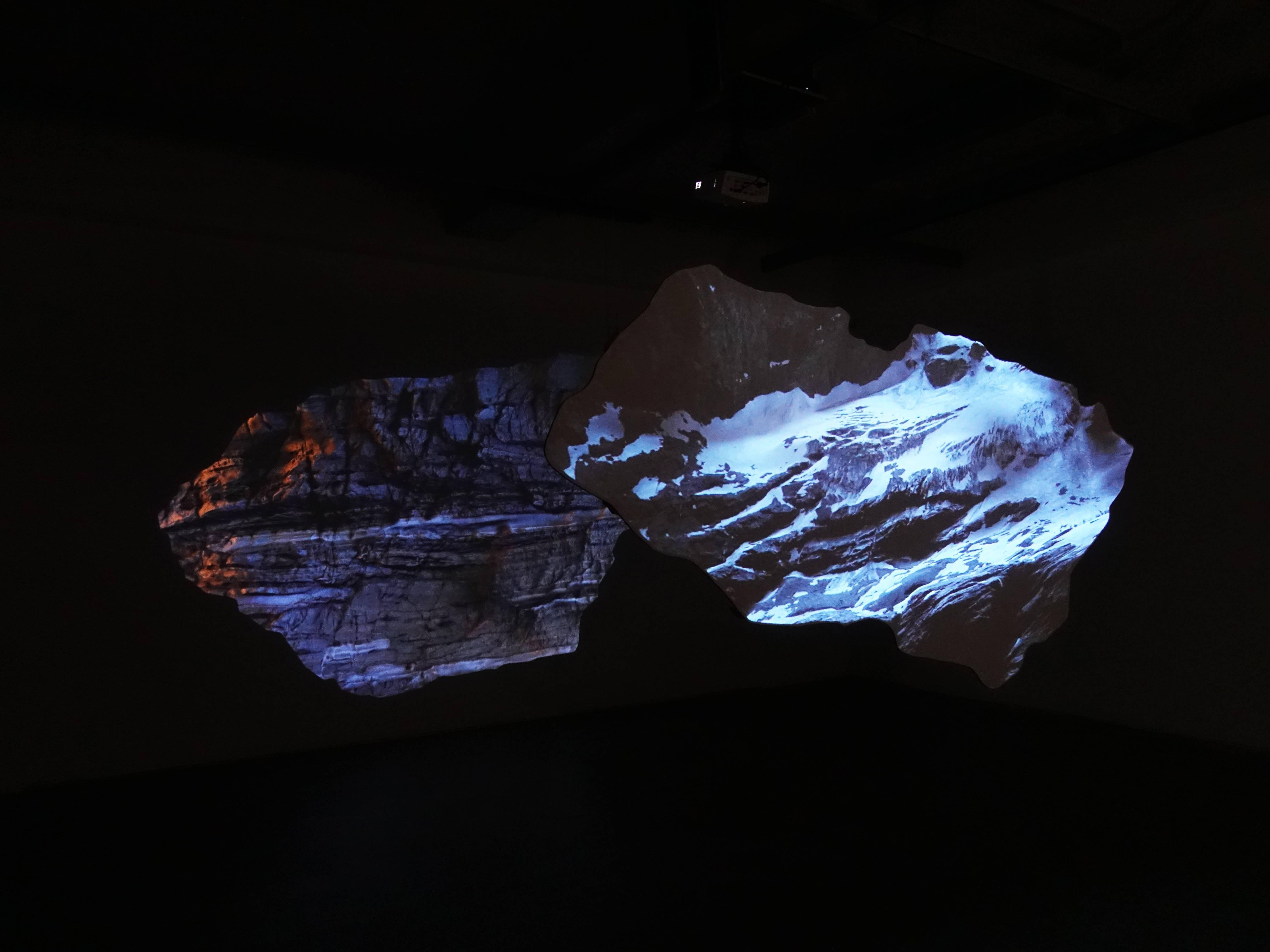 Florian Claar,《The Fiend Dialog對話》,3'00,2 channel HD video installation HD 雙頻錄像,2019。