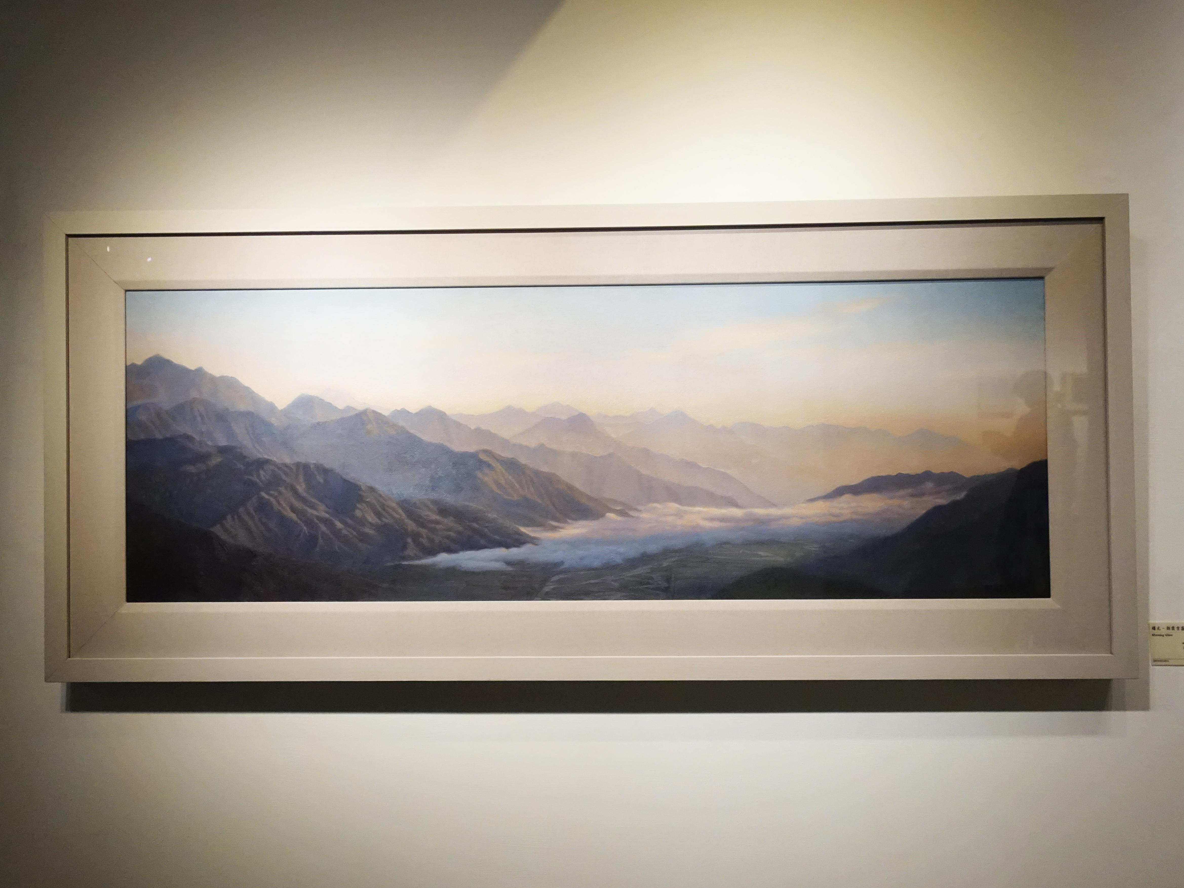 曾雅玲,《曙光-朝霞雲霧》,120x42cm,油彩、畫布,2017。