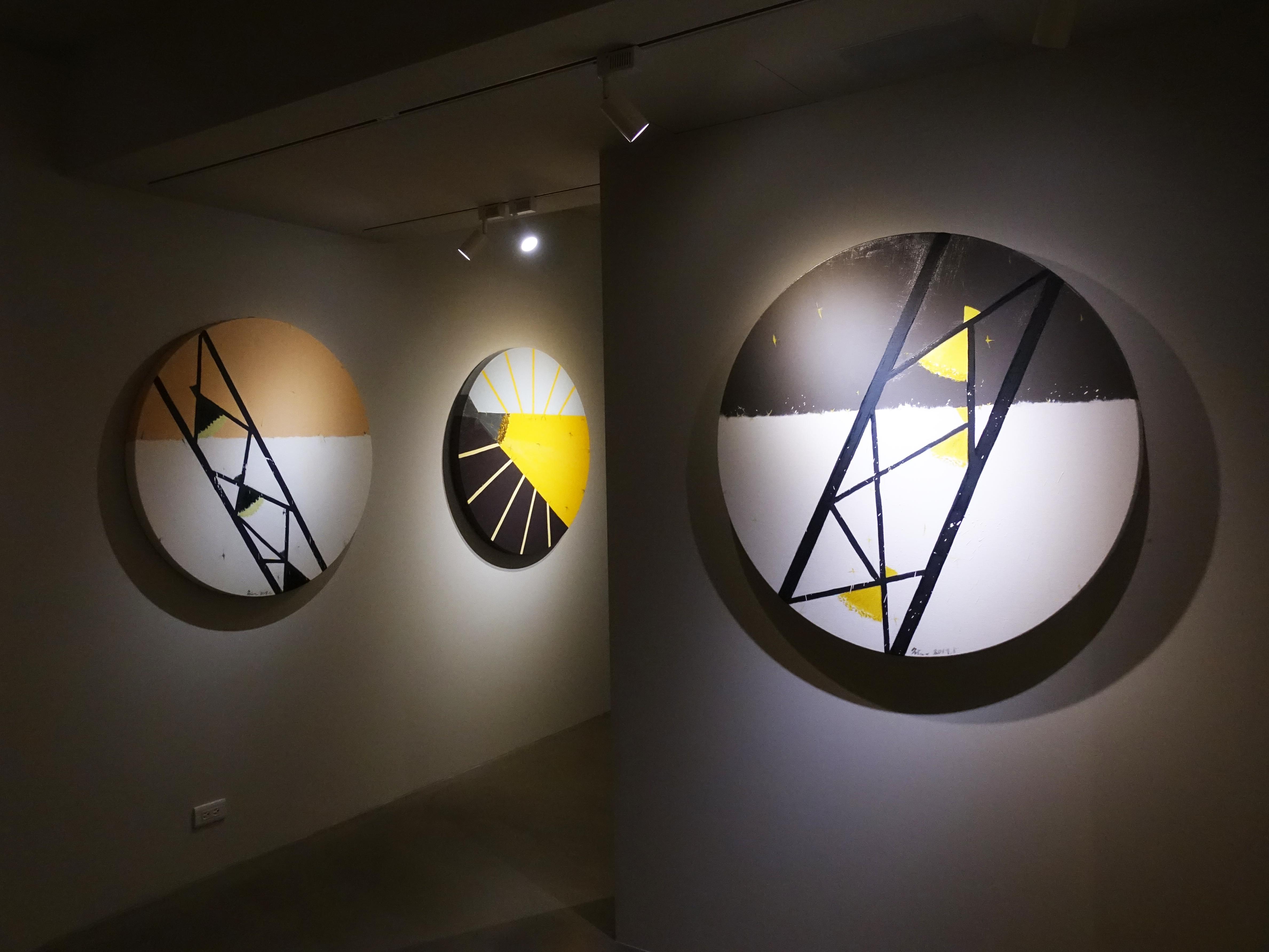 有璽藝術空間展出藝術家劉永仁「時空的呼吸 」2019作品展。