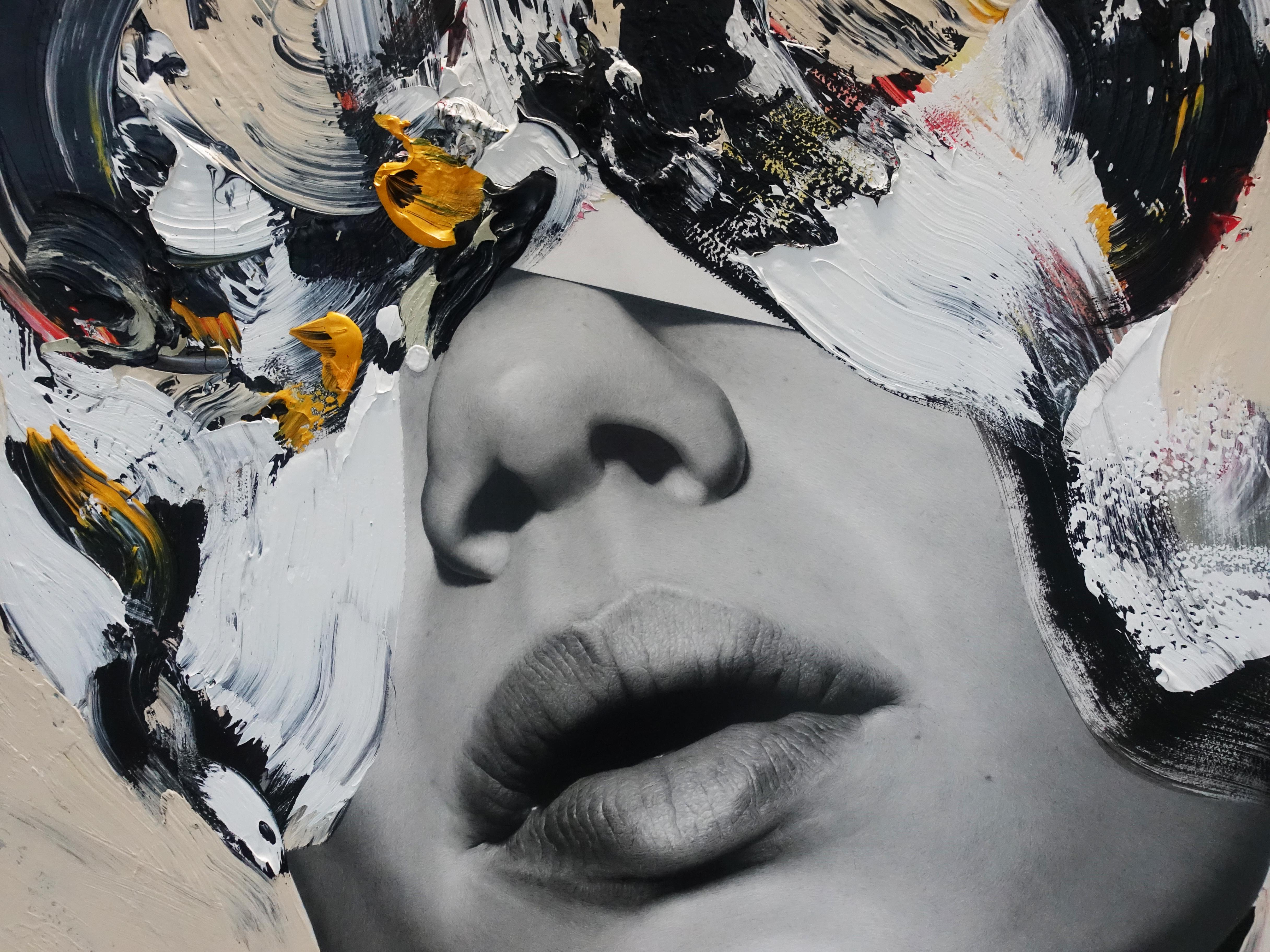 佐藤誠高,《Conscious Woman》,140 x 107 cm,鉛筆、壓克力、紙、木板,2019。