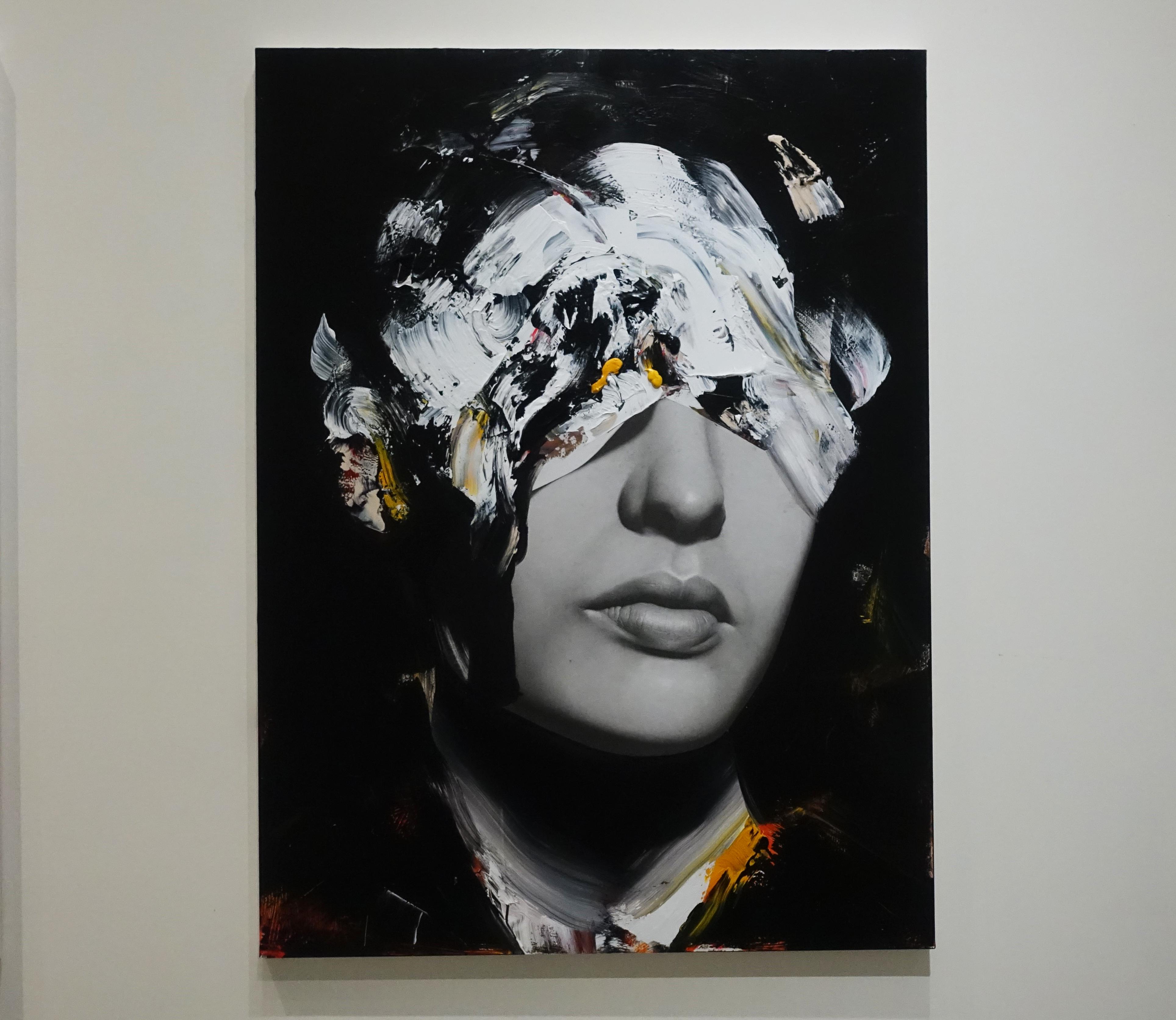 佐藤誠高,《VIP2》,130 x 97 cm,鉛筆、壓克力、紙、木板,2019。