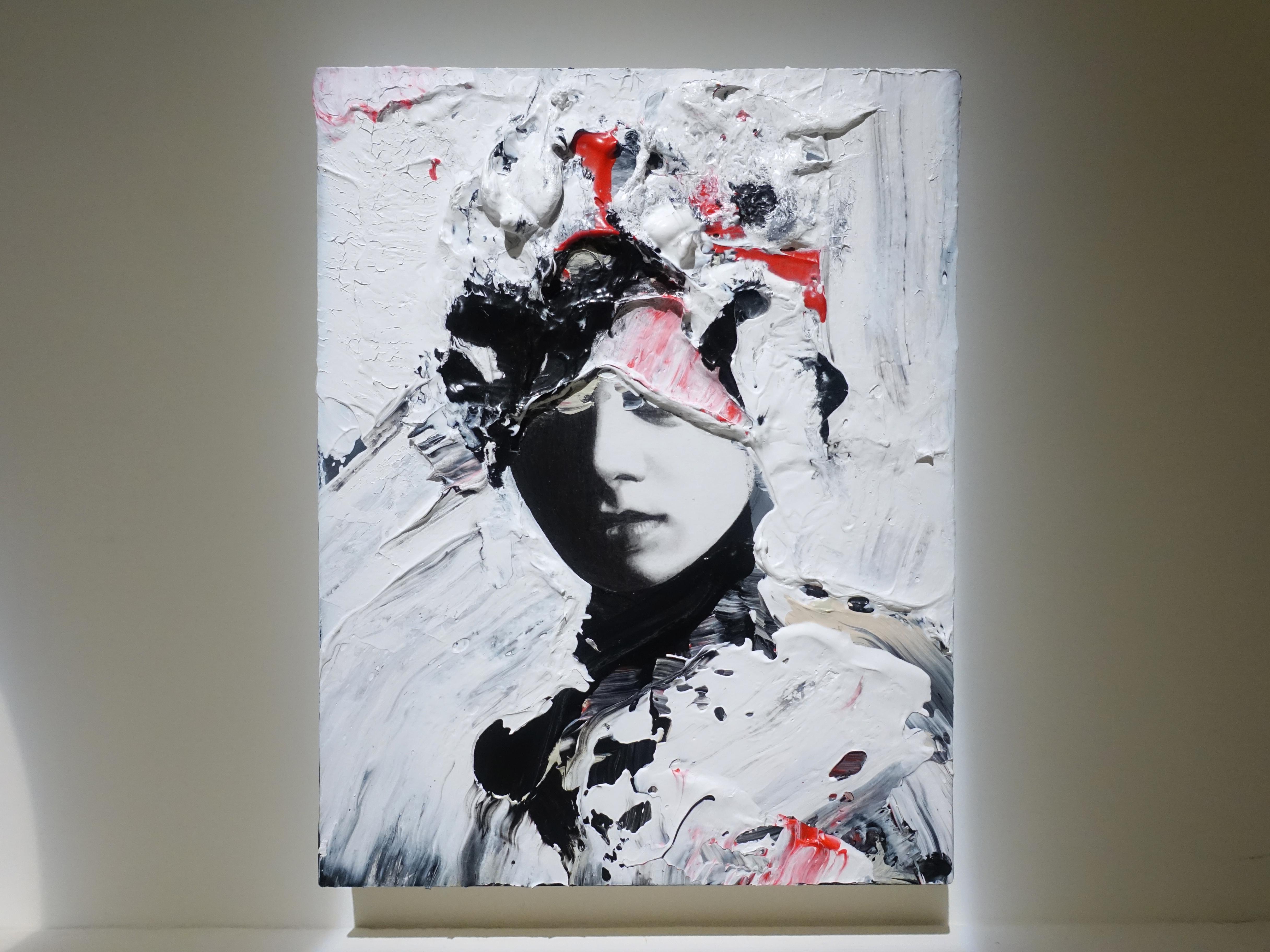 佐藤誠高,《Snip Girl 2》,18 x 14 cm,鉛筆、壓克力、紙、木板,2019。