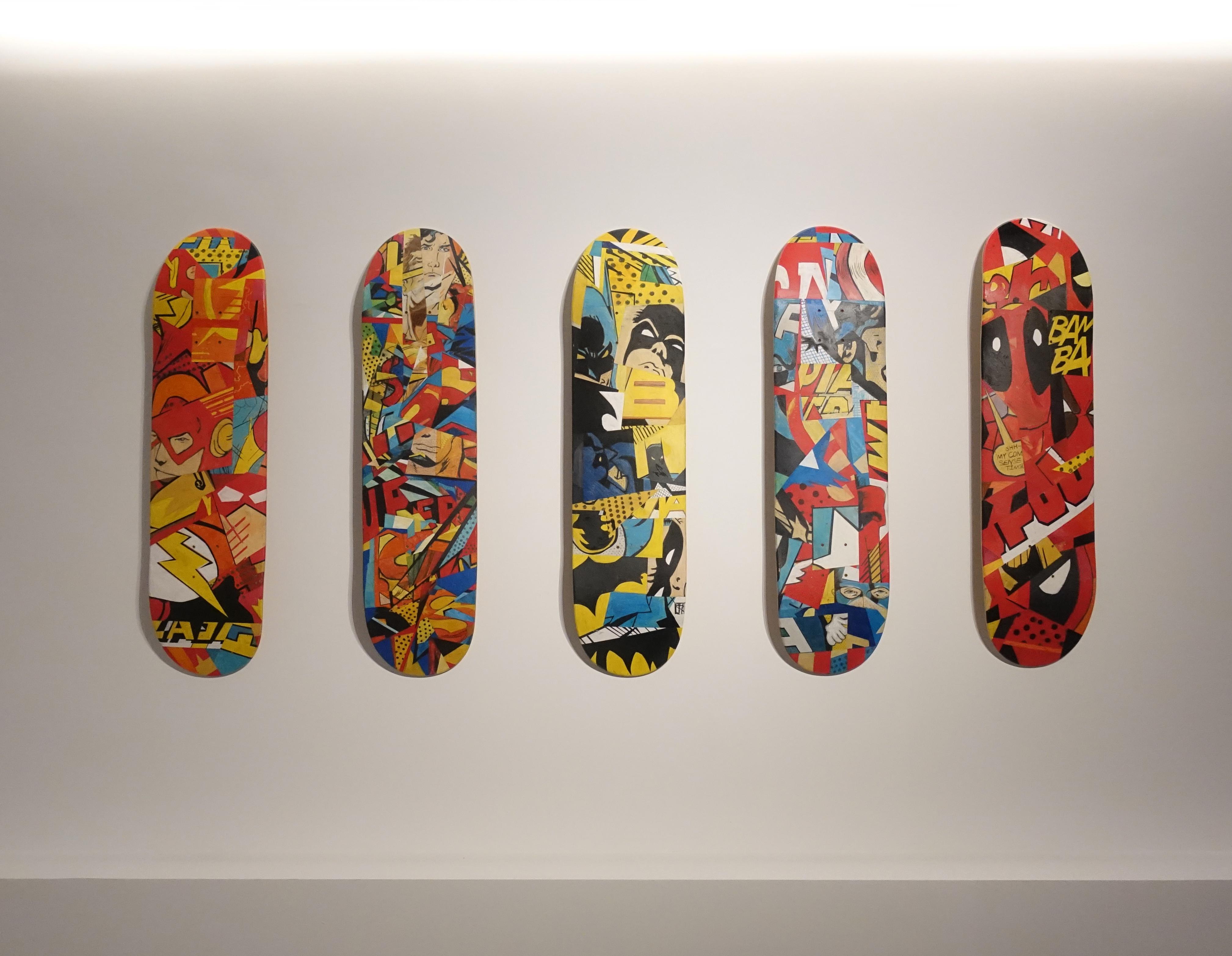 林俊良展出手繪限量藝術滑板。