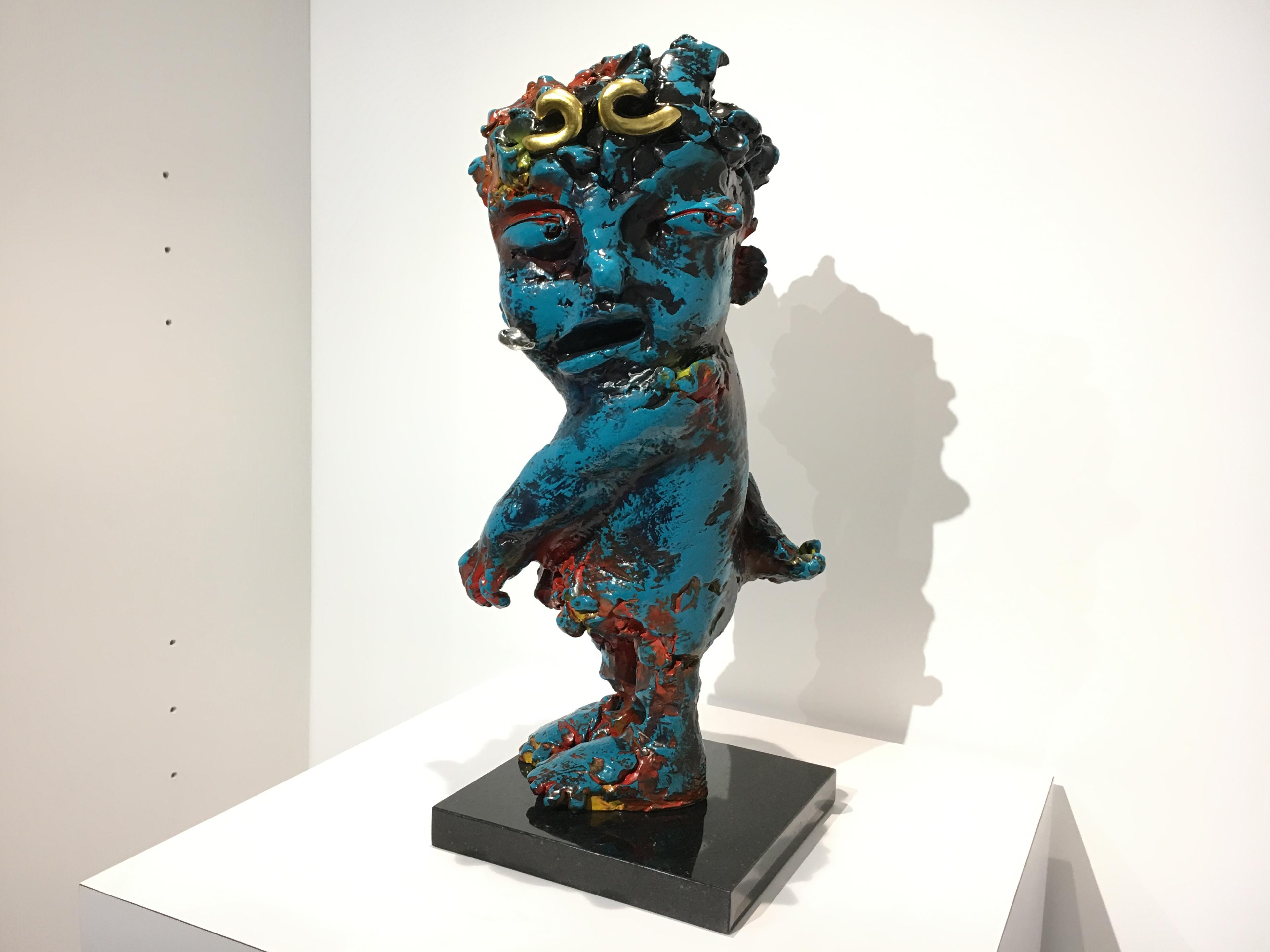 蔡尉成,《捨不得》,26 x 25 x 61 cm,青銅,2018。