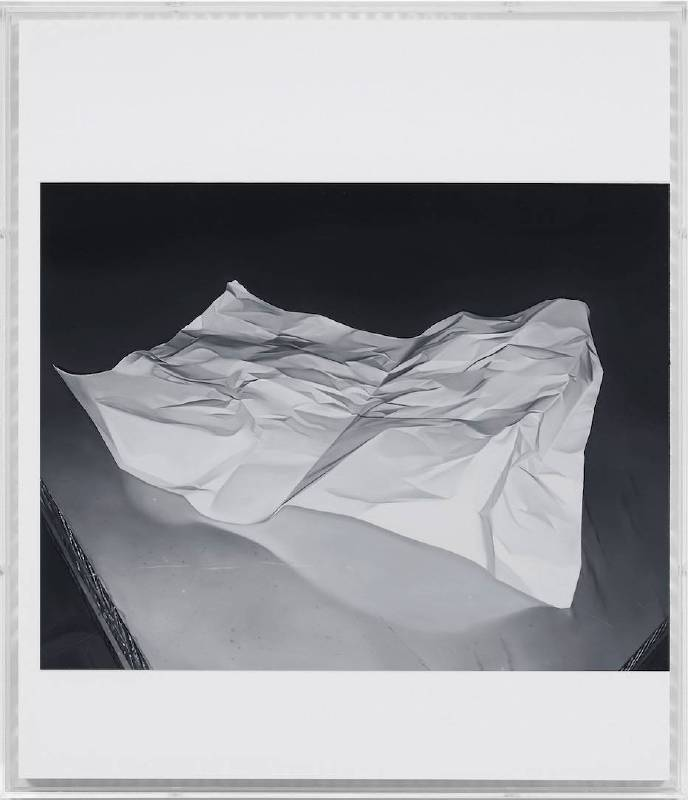 JAMES WHITE, Paper, 2016 © James White Courtesy: the artist and Sean Kelly, New York