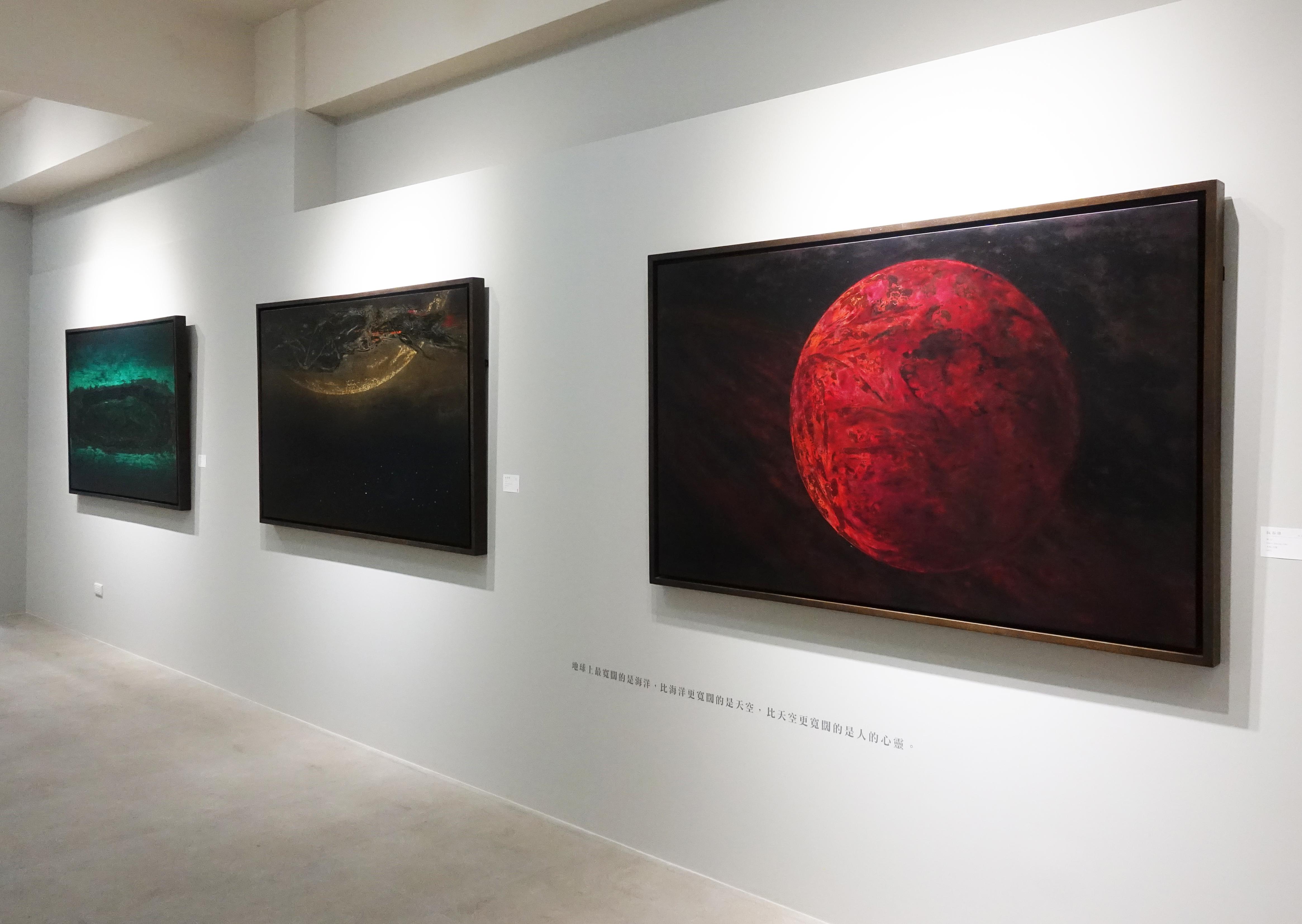 正觀藝術喬遷首展,展出越南藝術家阮春綠台灣首展《微塵系列》。