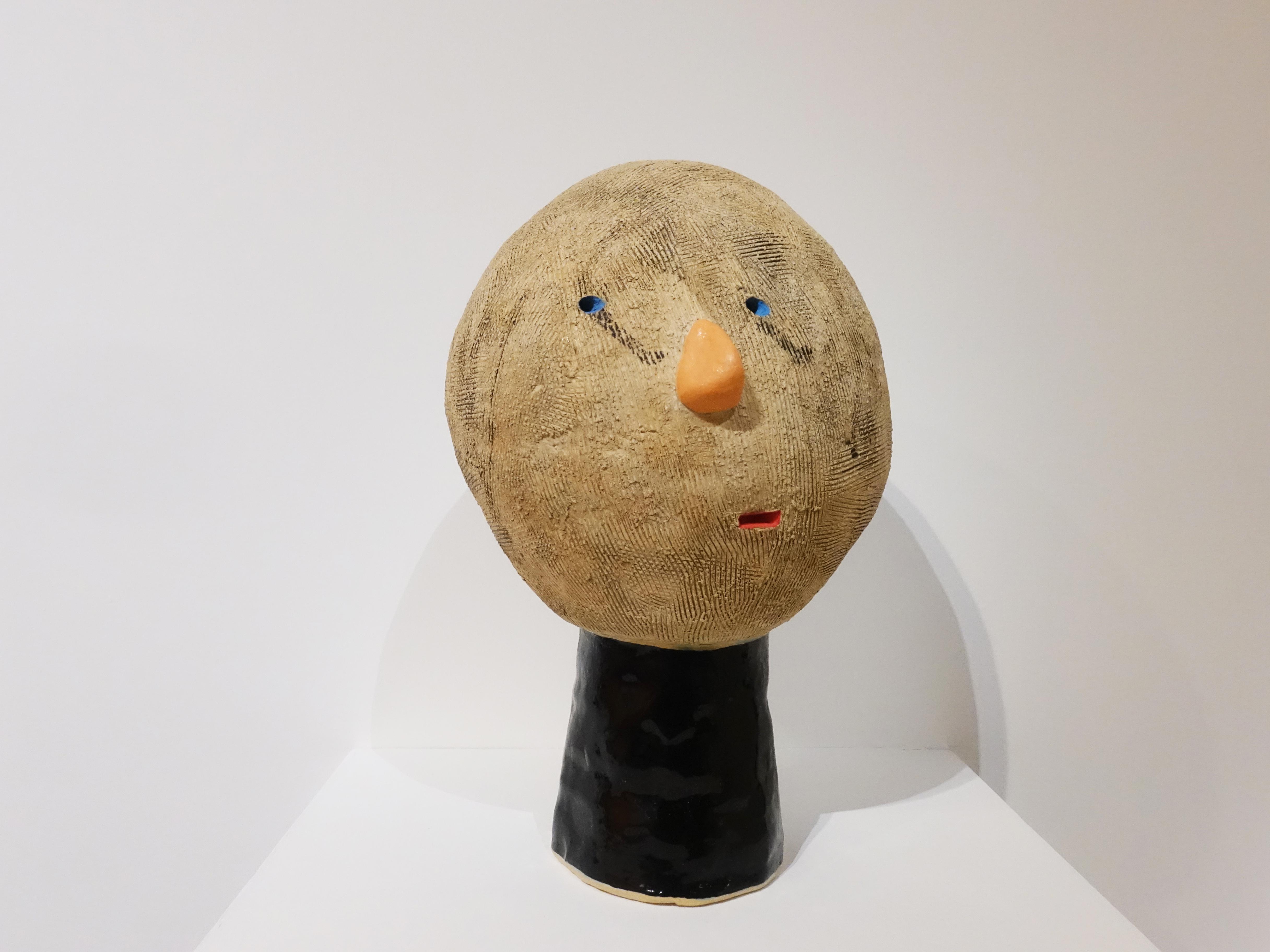蕭筑方,《藍色眼睛》,16x 18x25.5cm,陶,2018。