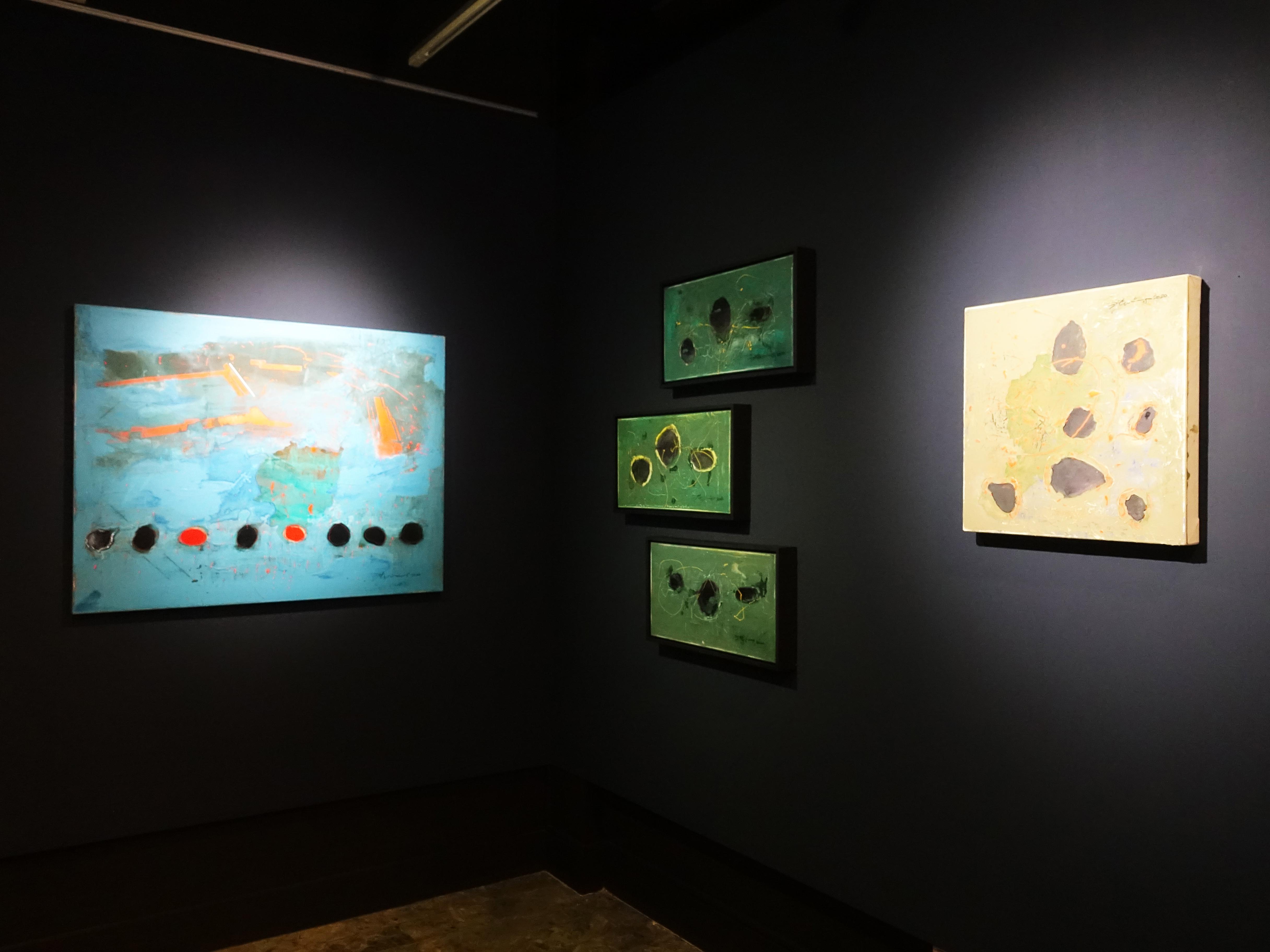 白色記憶藝術空間展出藝術家洪明爵2020創作個展展場一隅。
