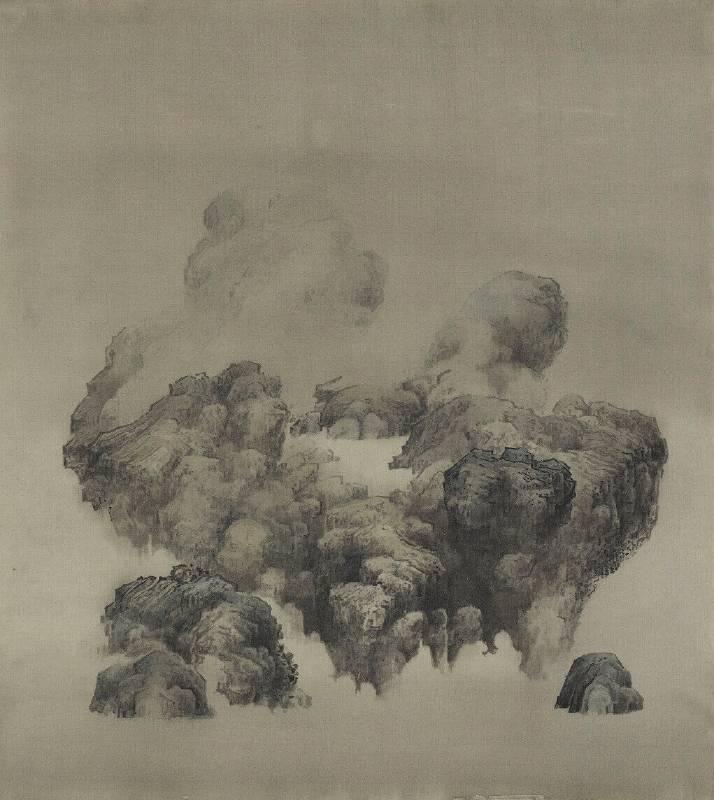 白雨(Bai Yu),霧上池(Mist on the Lake),60x60cm,絹本水墨、岩繪具 (Ink and mineral pigment on silk, hand-made frame),2016 年。圖/多納藝術提供