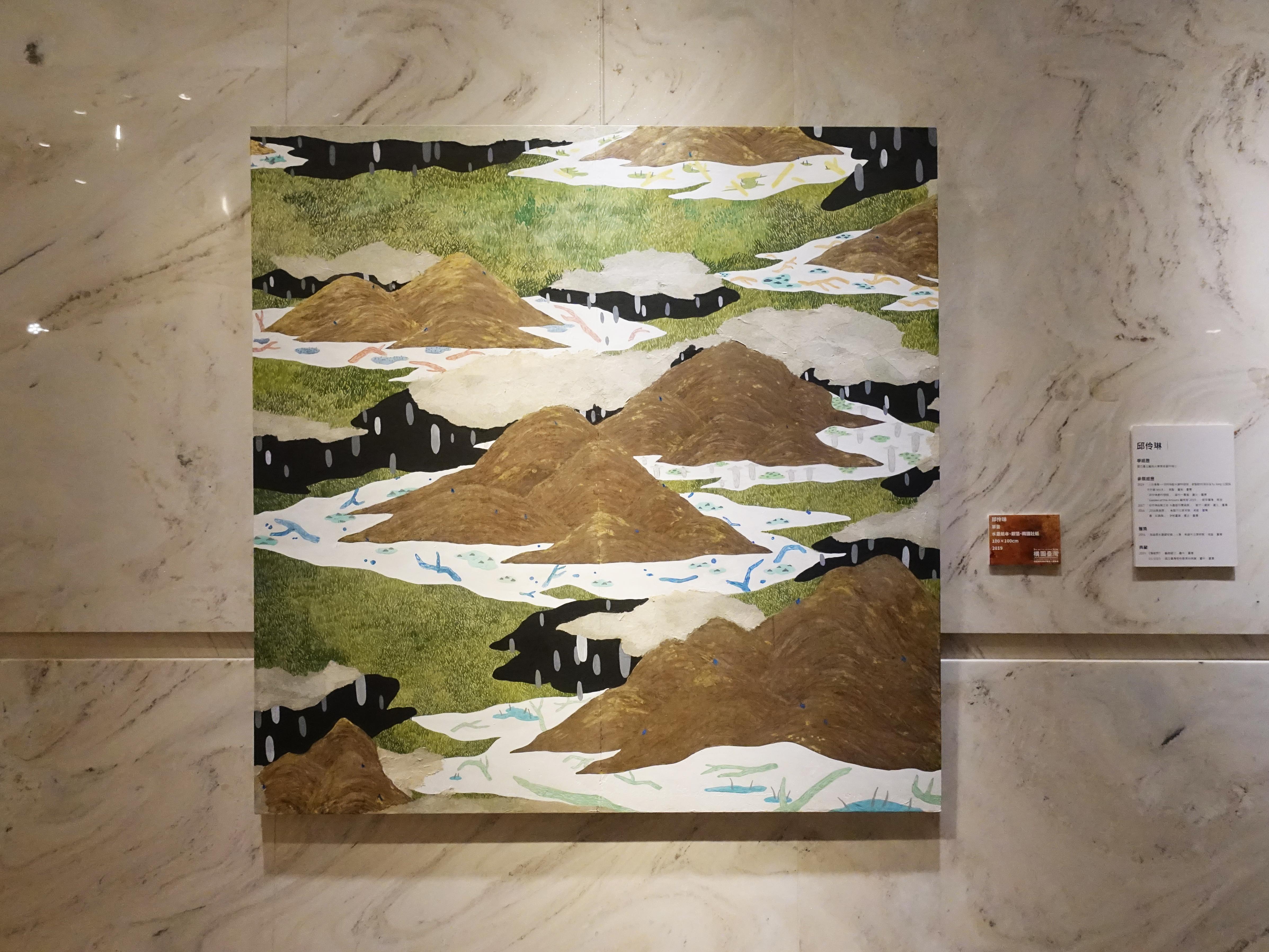 邱伶琳,《單音》,水墨紙本、銀箔、韓國狀紙,100 x 100cm,2019。