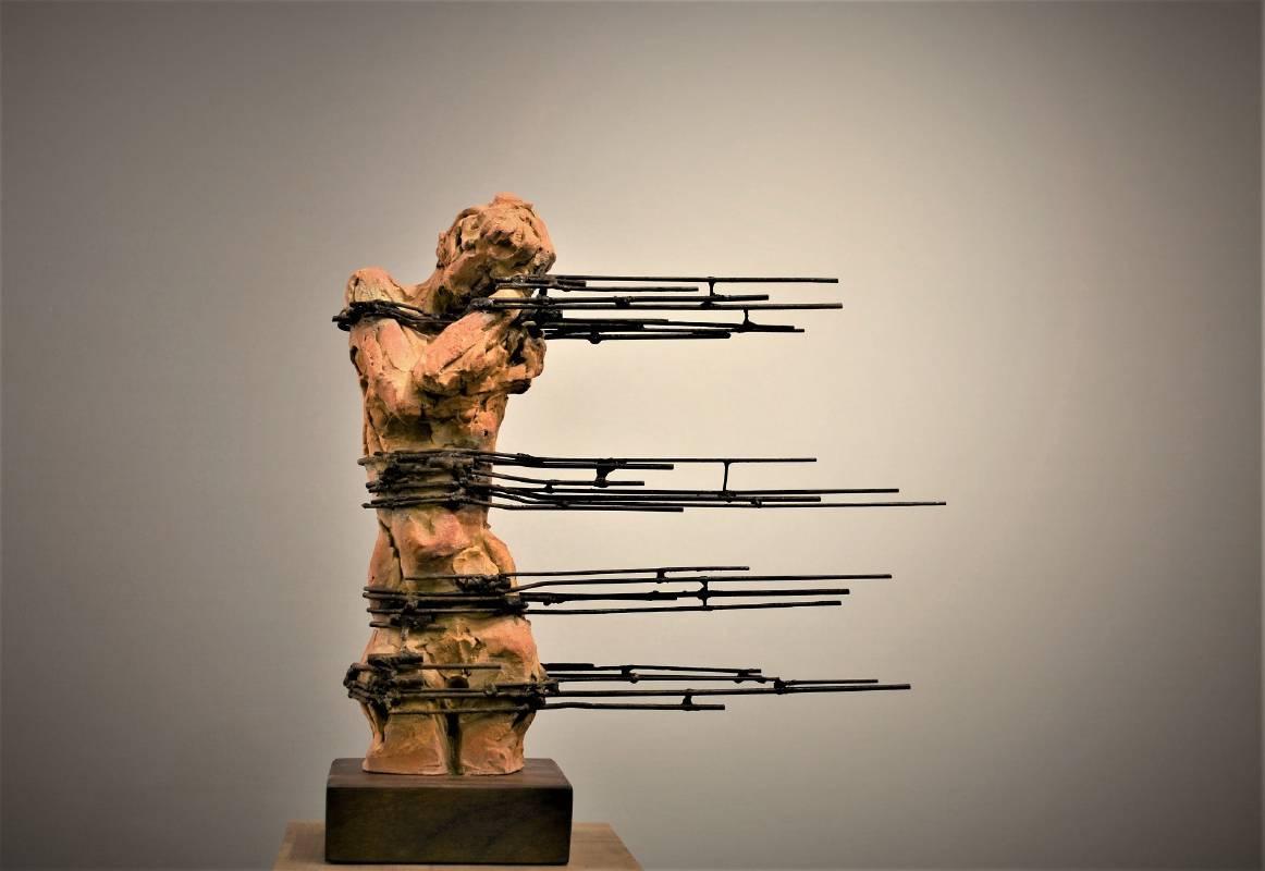 余連春《風情》Terracotta, Iron 14x37x40cm