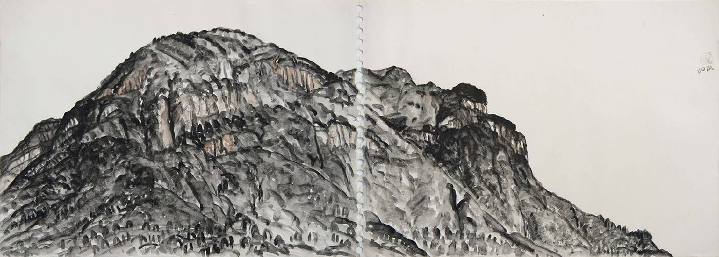 《北山之一》 Northern MountainⅠ  2019 彩墨、炭筆、紙本 Ink, color and charcoal on paper  29.7x83cm