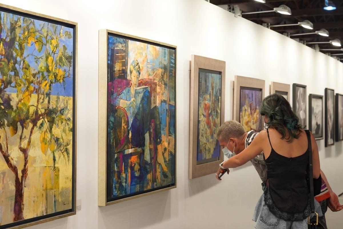 藝博會畫作的品質不受疫情影響,仍受到愛藝者青睞。