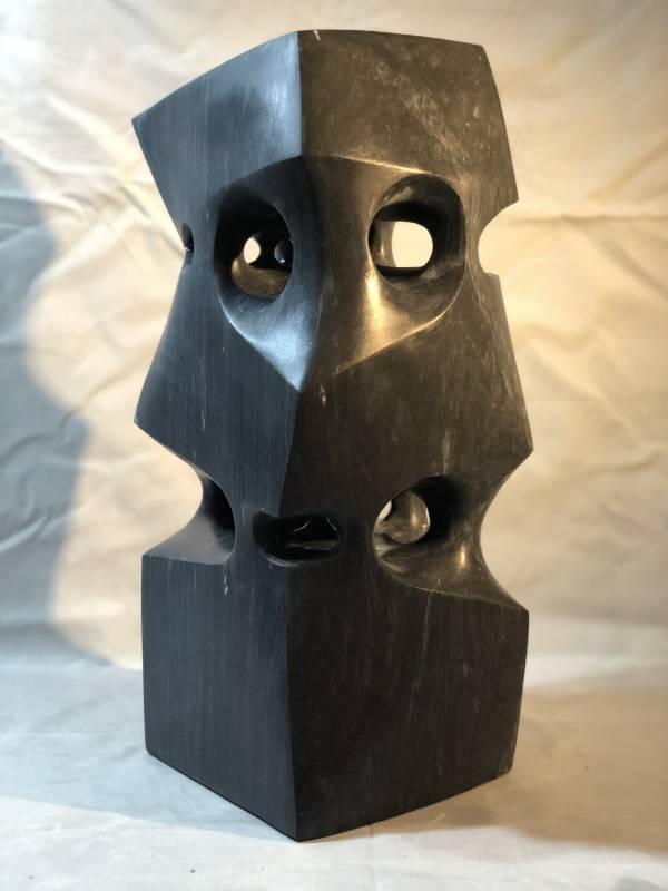 約定–連結 20x20x50cm 黑大理石