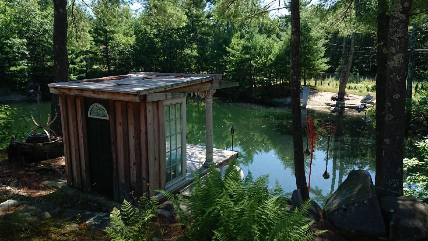 藝術家林鴻文於美國駐村創作一隅。圖/金馬賓館當代美術館提供